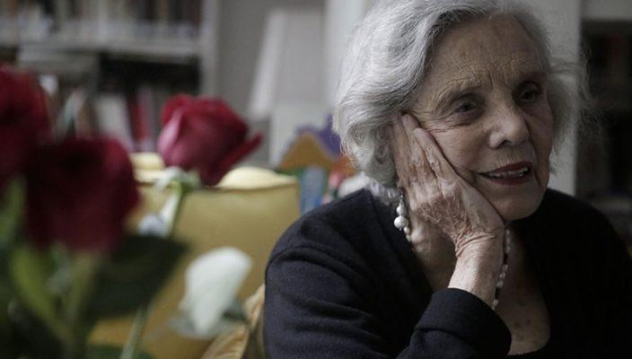 """AL24092015. INFORMA. LA ESCRITORA ELENA PONIATOWSKA PRESENTA SU NUEVO LIBRO """"DOS VECES ÚNICA"""", EN EL CUAL HABLA ACERCA DE LUPE MARÍN, EX ESPOSA DE DIEGO RIVERA. FOTO ALEJANDRA LEYVA/ EL UNIVERSAL"""